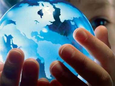 globus-u-rukama-deteta